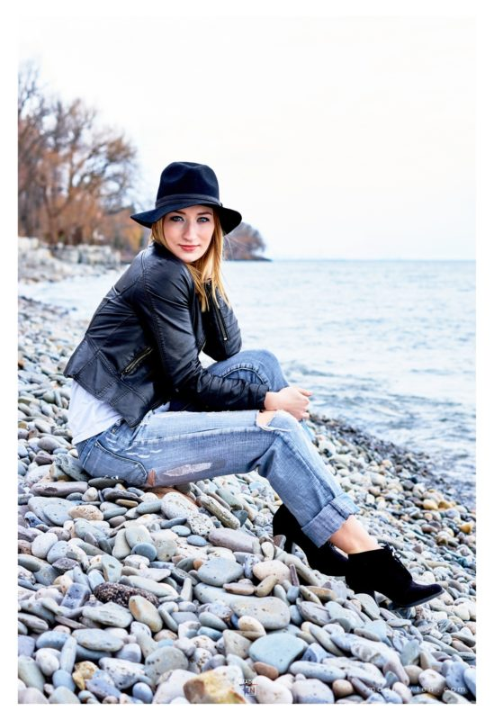 Made-by-Ten-Modern-Creative-Beach-Outdoor-Lifestyle-Portrait-Photography-GTA-Women-Toronto-Dingle-Park-Oakville-1