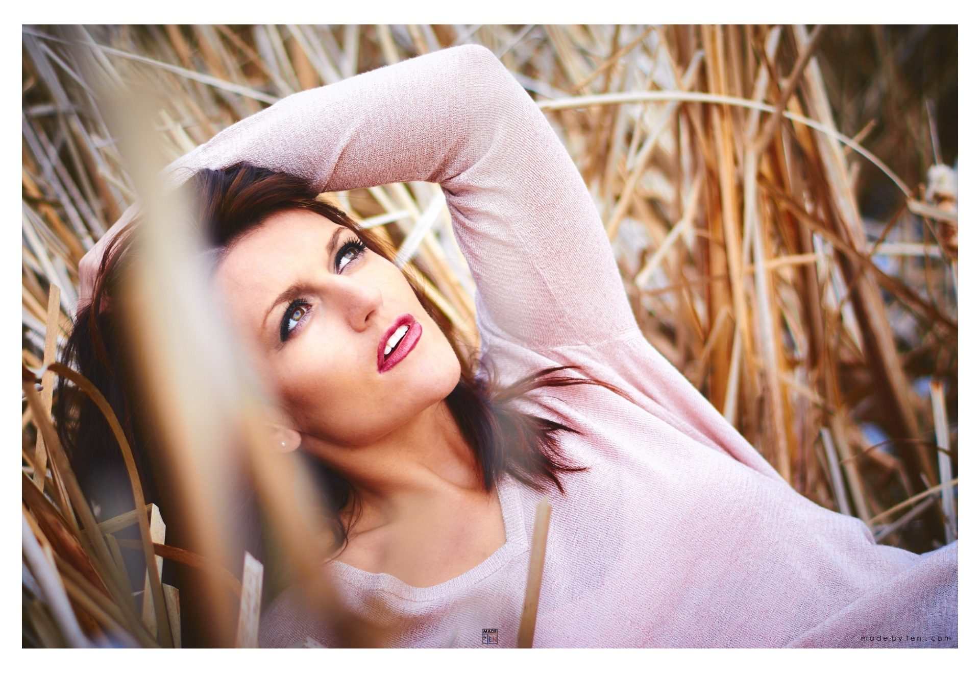 Woman Looking at Sky - GTA Women Lifestyle Photography
