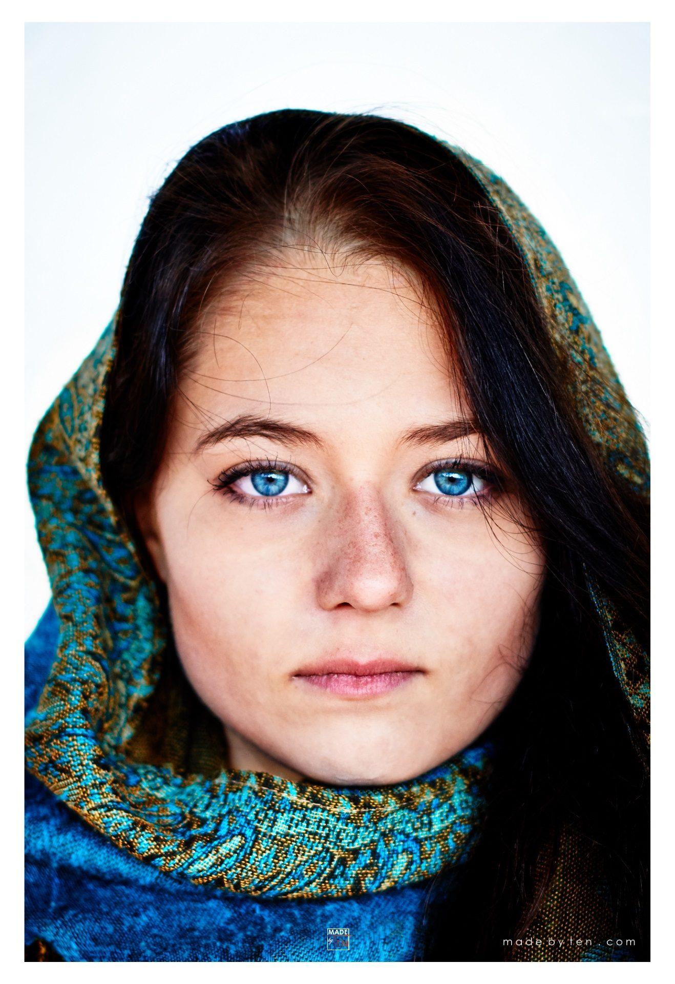Woman Creative Modern Headshot - GTA Women Portrait Photography