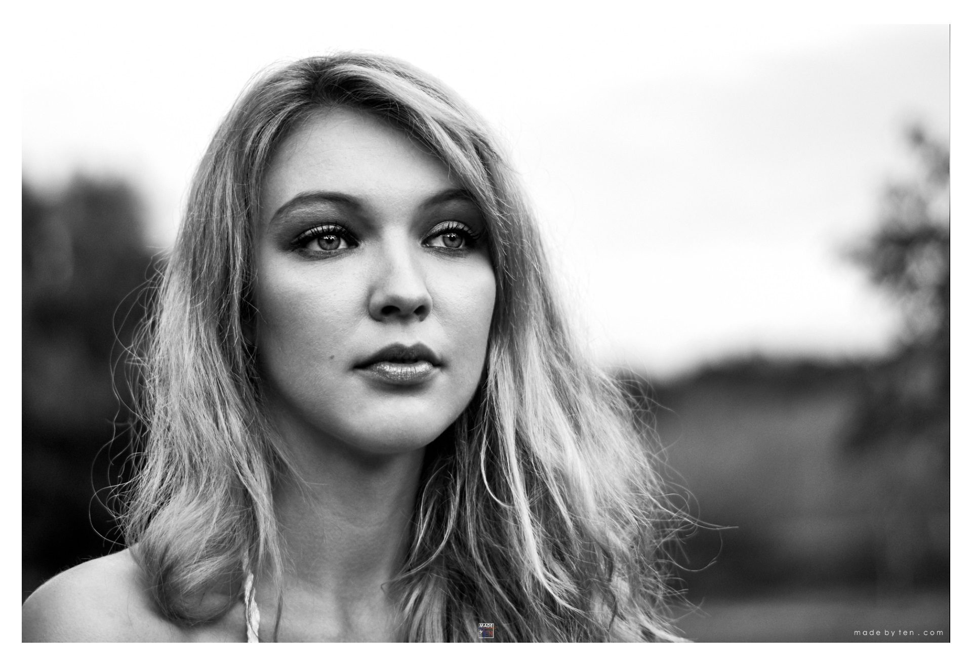 Woman Classic Headshot - GTA Women Portrait Photography