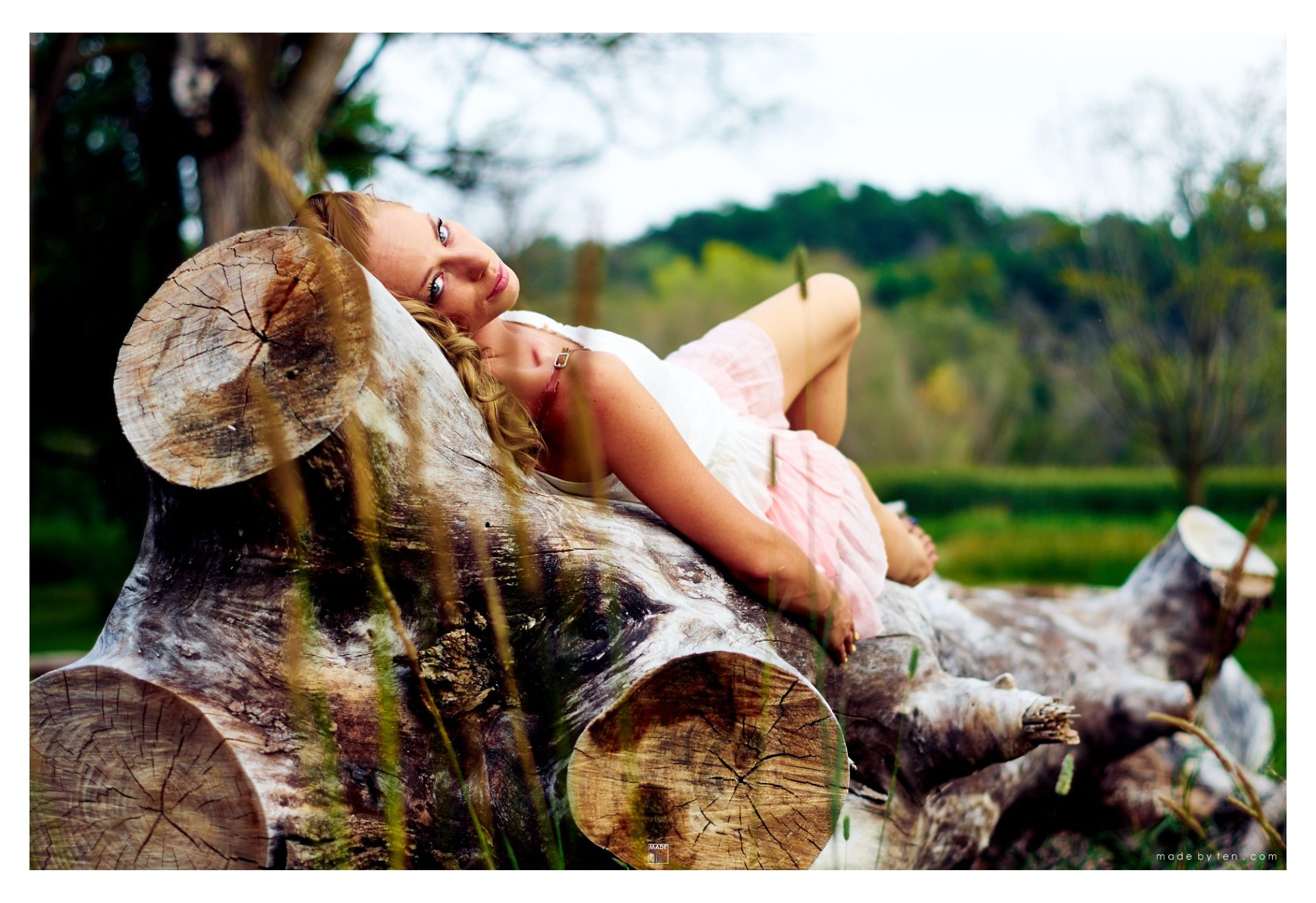 Woman Lying Tree - GTA Women Lifestyle Photography